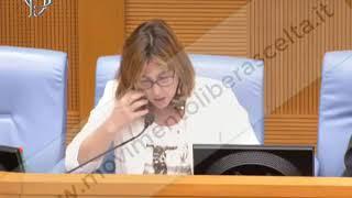 Giulia Grillo e la sua POLIZIA SANITARIA con l'anagrafe-schedatura vaccinale
